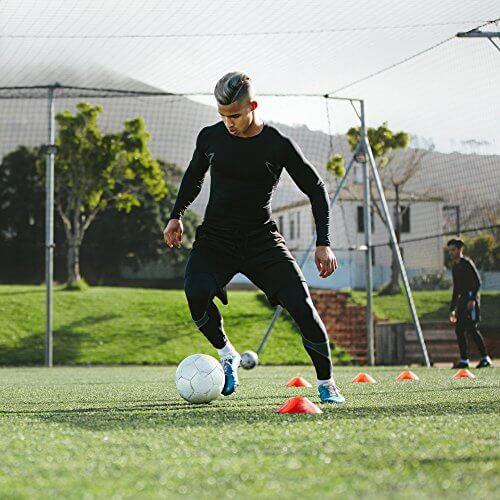 تمرینات چابکی فوتبال با مانع به صورت انفرادی